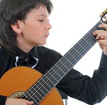Reiman Akademie - Musikschule in Linz - Gitarrenunterricht für Jugendliche